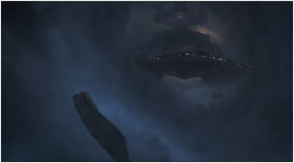 1 - Millennium Falcon star destroyer Star Wars Solo trailer